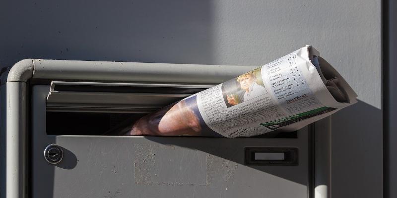 新聞配達の画像